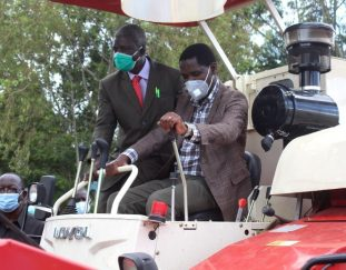 busia-rice-farmers-receive-modern-machines-to-increase-production